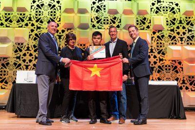 Tuyển Việt Nam giành giải Ba Microsoft Word 2013 toàn thế giới